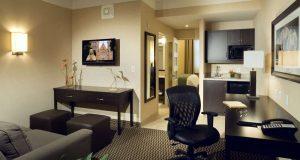 Delta Hotel - Deluxe Suite